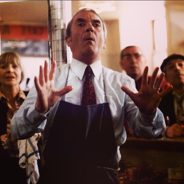 Jean Carmet dans Le Beaujolais Nouveau est Arrivé
